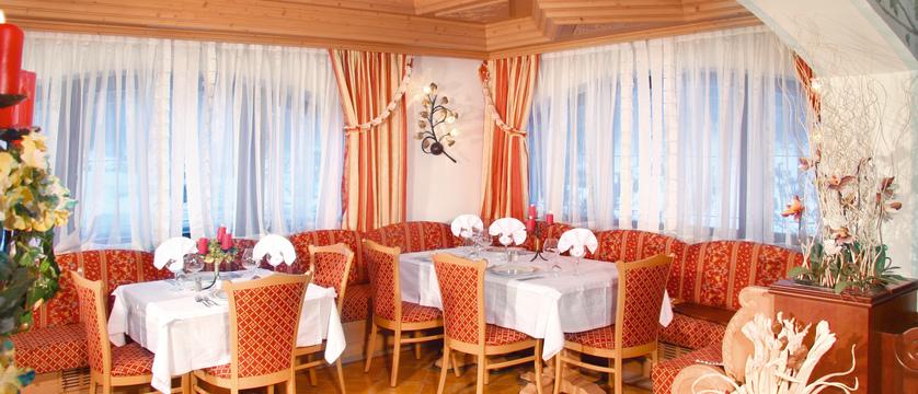 italy_dolomites_campitello_park-hotel-rubino_dining-room2.jpg
